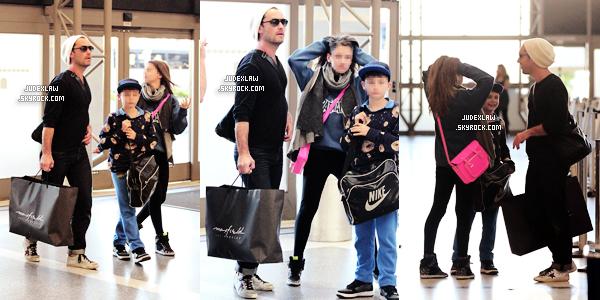| Candids | Le 03.01.2013 : Jude et ses enfants rentre de vacances et sortie à Los Angeles