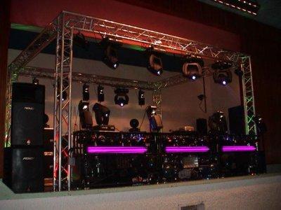 amis DJ's désireux d'un coup de pub ....votre place est ici