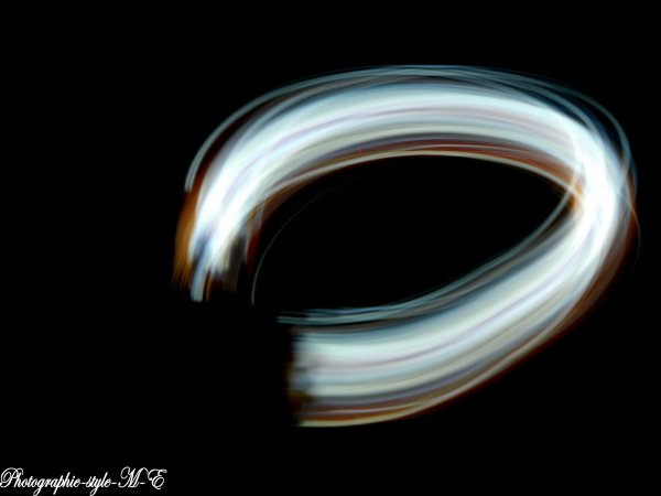 Light Painting . ( 1er essaie )