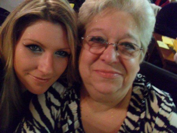 marraine de gabriel avec maman titi
