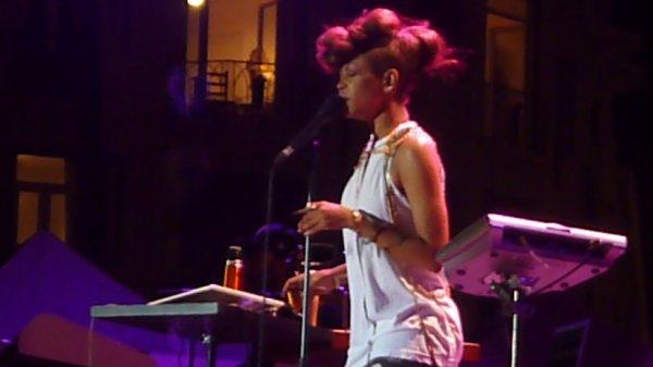 ERYKAH BADU FESTIVAL DE JAZZ A  NICE JUILLET 2012