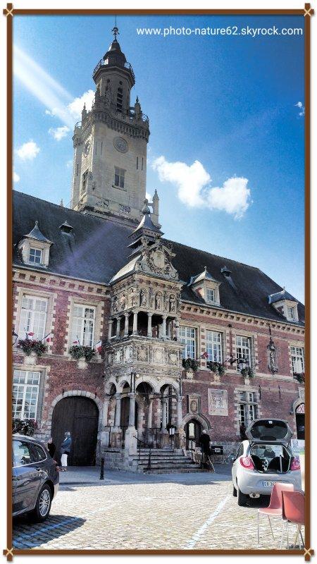 Façade Hôtel de ville de Hesdin