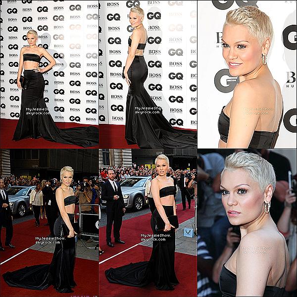 ... 03/08/13 : Jessie J à été aperçue posant sur le Red Carpet au CQ MENYear Awards à Londres ...