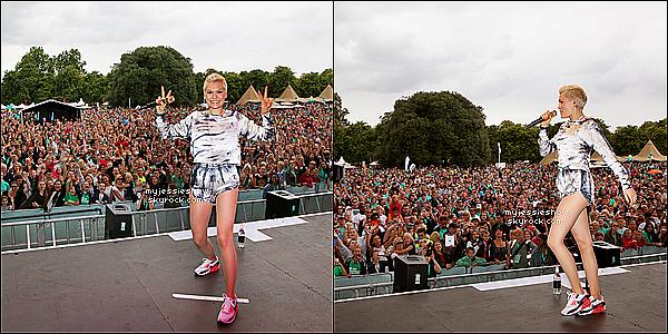 ... 08/09/13 : Jessie J à été en tête d'affiche de l'événement«Run to the Beat »organisé par Nike ...