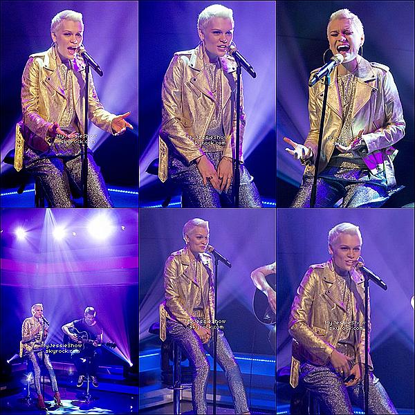 ... 17/09/13 : Jessie J à donner une performance de«It's My Party»dans l'émission matinale DayBreak !  ...