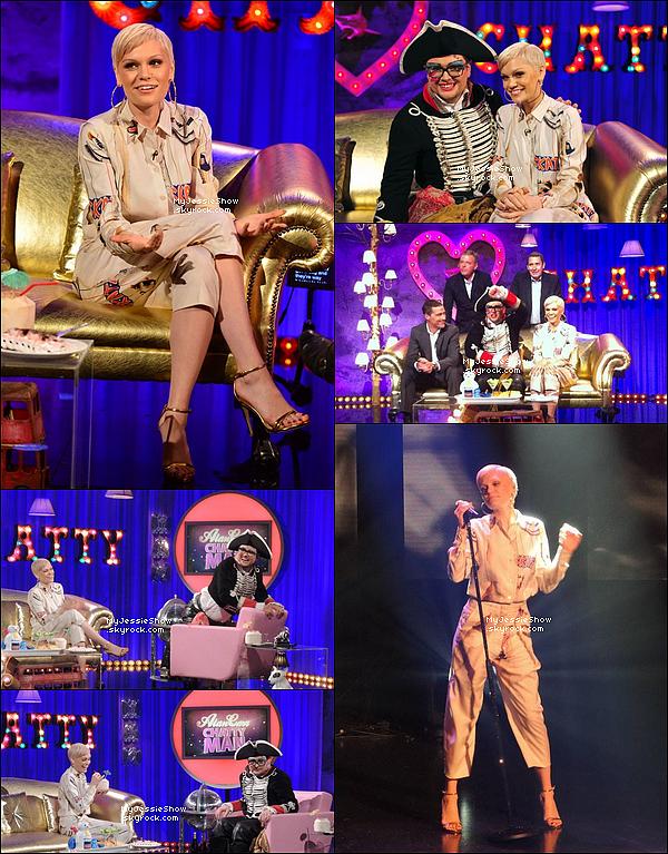... 20/09/13 :Jessie a participé à l'émission d'Alan Carr, elle y a interprétertitreIt's My Party! ...
