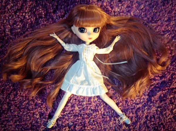 Nouvelle robe de jolie doll ...