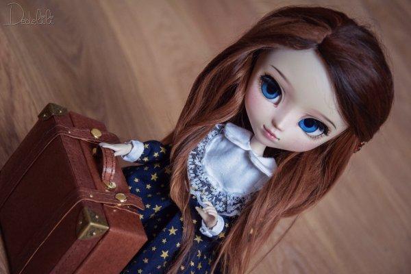 Commission robe Emma Doll