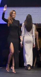Rihanna nue sous sa robe transparente ♥