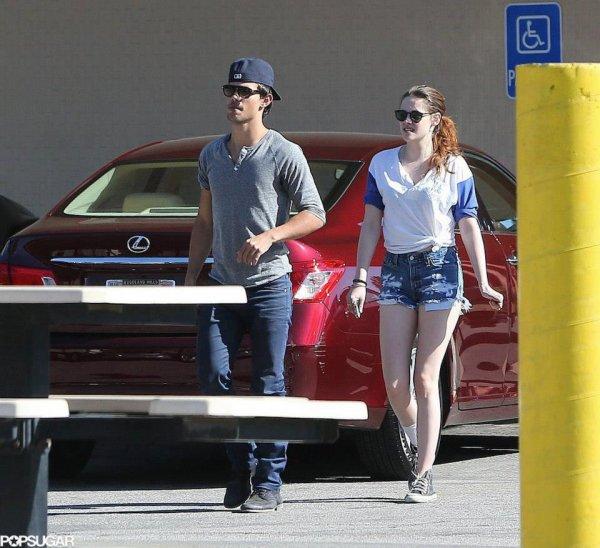 Taylor & Kristen de sortie pour allez jouer au Baseball puis pour allez déjeuner