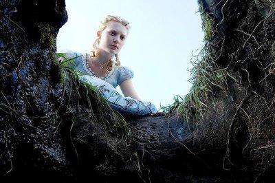Alice aux pays des merveilles ***