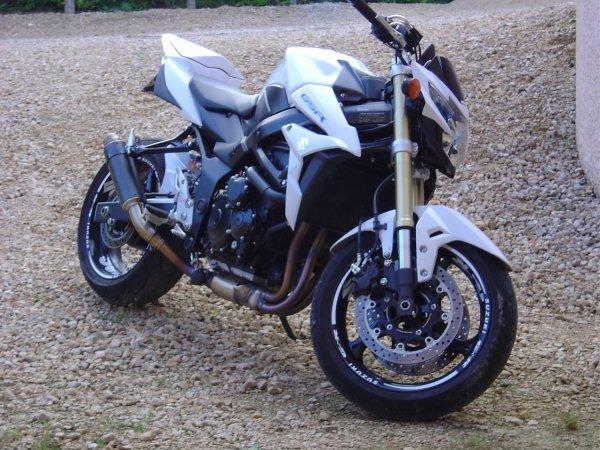 GSR 750 ; )))