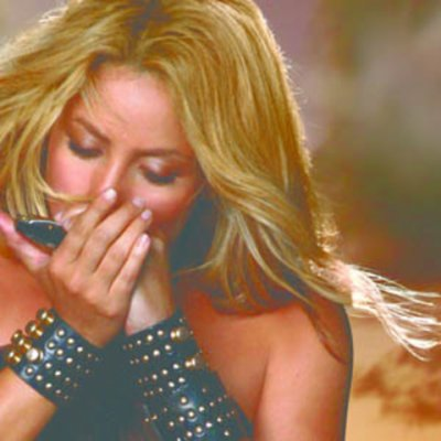 """Check out the different looks and styles of """" Shakira """""""