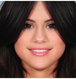 Symétrie Selena Gomez