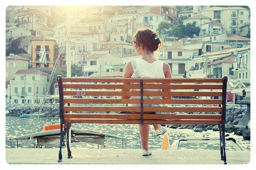 Un peu jaloux, un peu conscient qu'aimer toujours, ça dure longtemps.