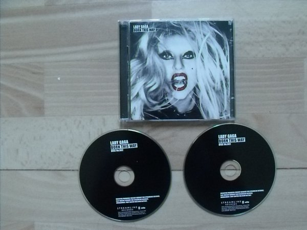 Album : Born This Way