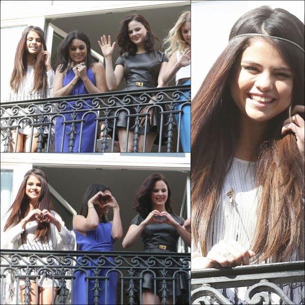 Selena le : 18 , 17 , 16 , 15 Fevrier 2013