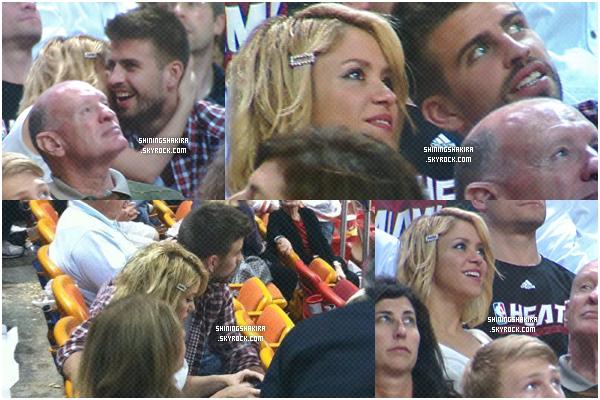27.12.11. Shakira assiste à un match de Basketball avec Gérard, magnifique !