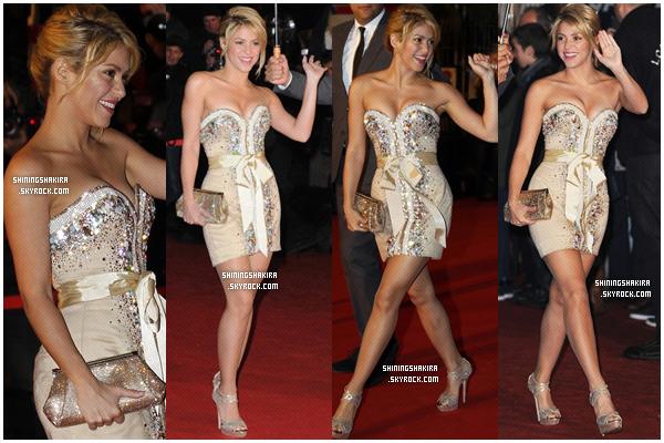 27.01.12. Shakira passe devant son hôtel pour ensuite aller répéter au Midem + La belle Shakira a été nommé  « Chevalier de l'Ordre des arts et des lettres » à la mairie de Cannes