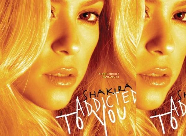 Je vous présente (ou pas) trois tenues de Shakira, elle est sublime. (Flashback)