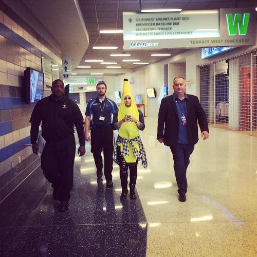 @carolinecarter8: That banana has security….