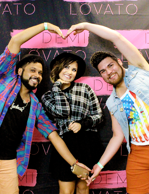 Demi au Meet and Greet à San Antonio, TX