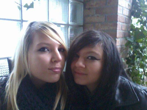 Aurélie &e Elisa ♥ ;