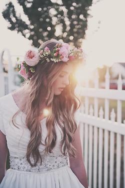 x« Il me faut vivre comme je pense, sinon tôt ou tard, je finirai par penser comme j'aurais vécu ! » x