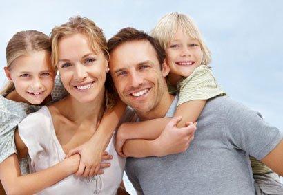 tes  amies sont peut être génial, mais oublie pas la famille car ta famille sa personne ne pourra la remplacer ♥♥♥