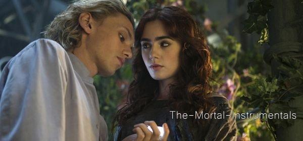 The Mortal Instruments -> Des Extraits VF && La Star Jamie Campbell Bower Est Partant Pour La Suite