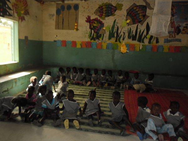 L'ecole maternelle de WARANG