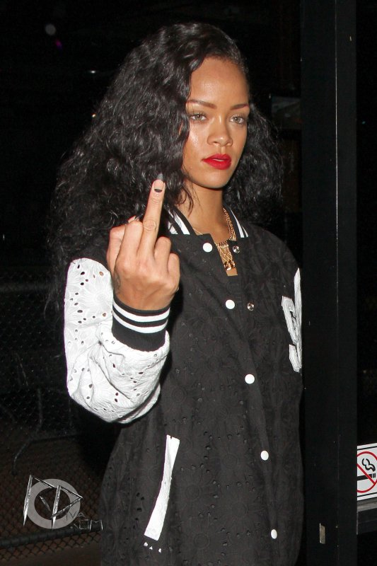 Rihanna passe la soirée avec Rob Kardashian à Los Angeles