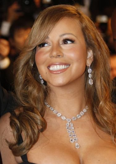 Thieves break into Mariah Carey