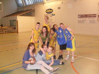 L'équipe (Aaaa)