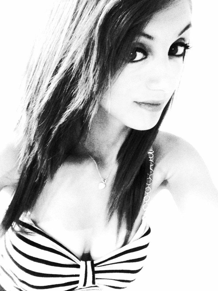 Je ne vis pas la vie dont j'ai tellement rêver. J'en vis une autre, 1000 fois mieux ♥ .