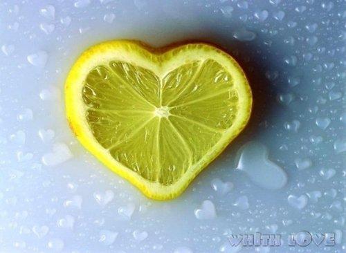 boire de l 39 eau ti de citronn e chaque matin 10 avantages. Black Bedroom Furniture Sets. Home Design Ideas