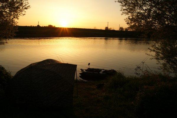 reconnaissance sur la rivière