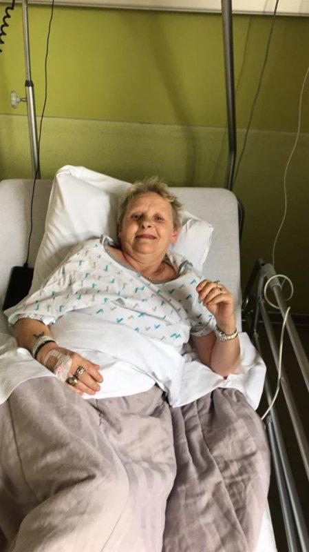JE NE VOUS OUBLIE PAS mais Très gros Problèmer de Santé de ma Femme encore une fois hospitalisée et moi même santé très fragile