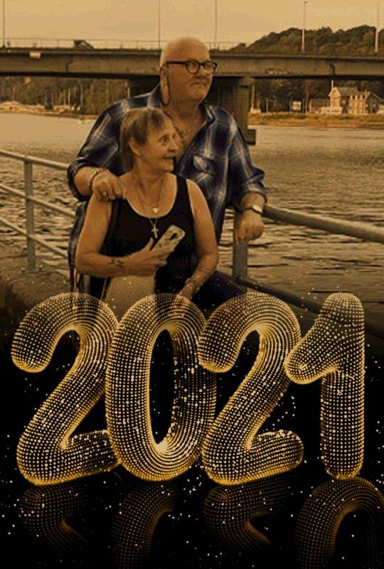 SE SAMEDI 8 MAI 2.021 Nous Fêtons nos 45 ans de Mariage Noces de VERMEIL