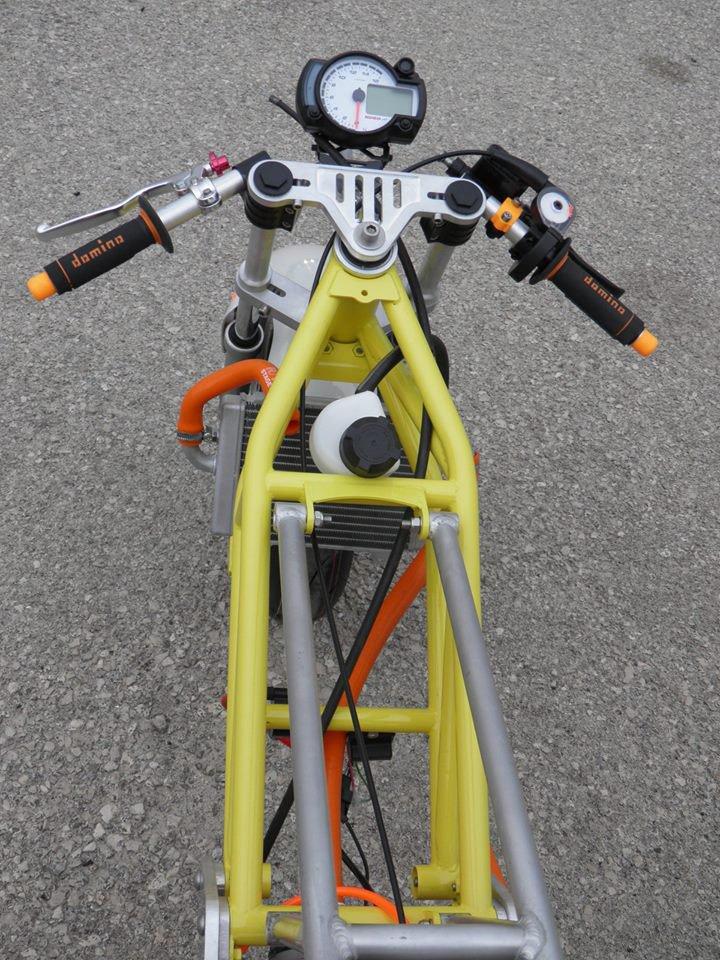 Prototype Moteur Scoot / Fourche / roues
