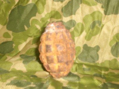 grenade f1 de fouille, neutralisée