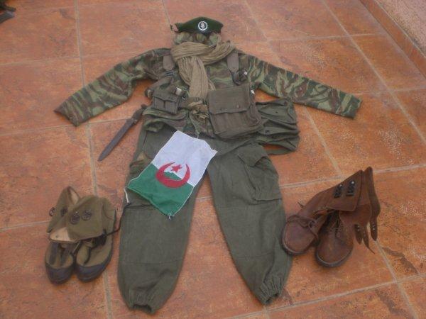 ma tenue légionnaire  guerre d'Algérie