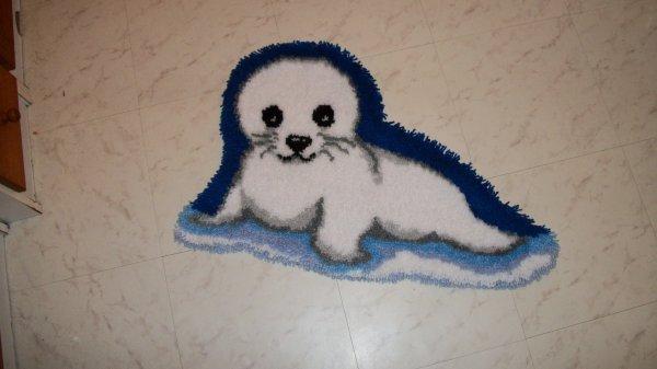 un bébé phoque