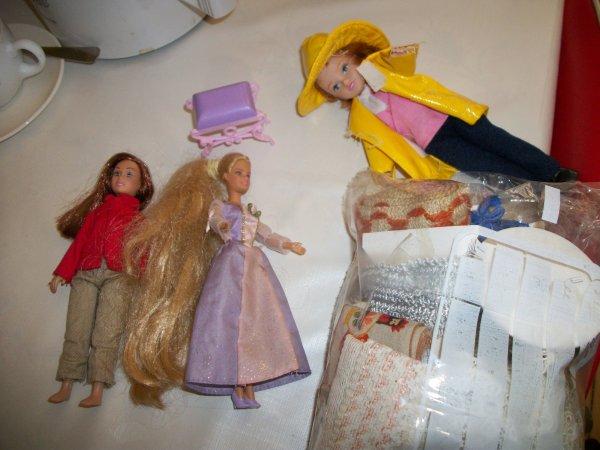 quelques poupées