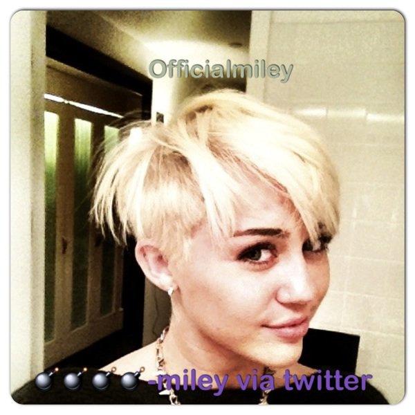 OMG voici sa nouvelle coiffure