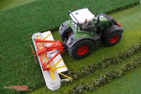 mes miniatures sur le site gros tracteur passion blog de farmer 51. Black Bedroom Furniture Sets. Home Design Ideas