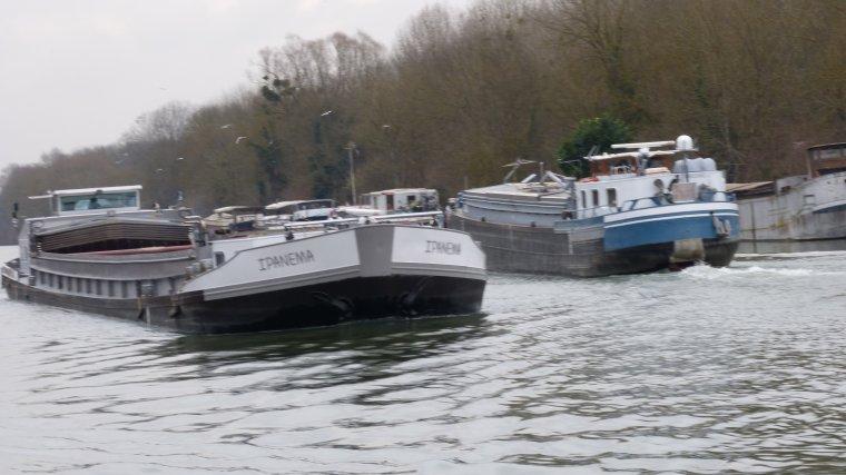 Croisements sur la Seine : IPANEMA, SCALANJ et CONNEMARA.....MAROLLES......FEVRIER 2017