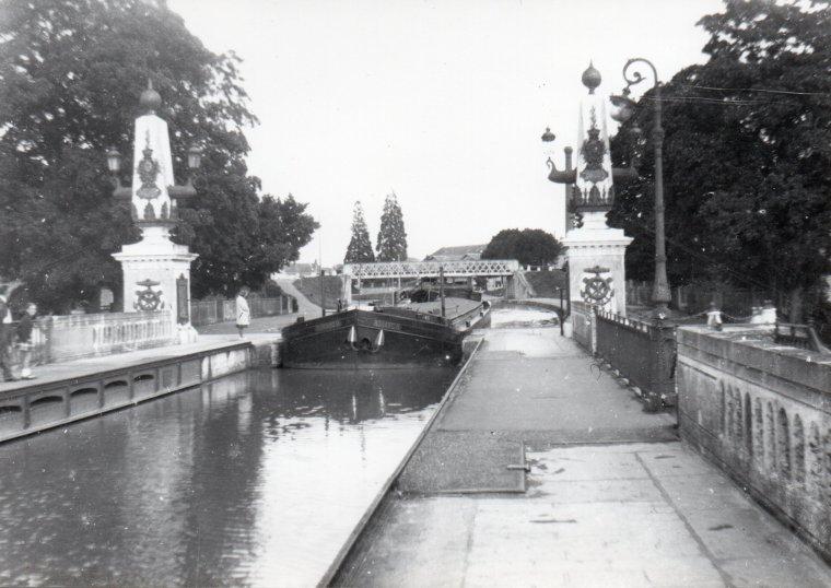 Pour commencer 2018...Photos nostalgie...RONARC'H......PONT CANAL DE BRIARE....Famille de ma Belle S½ur Anita