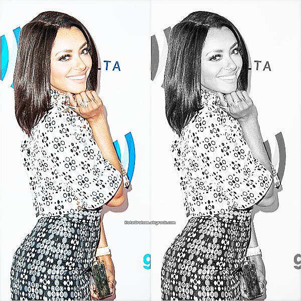 . Katerina était au 25th Annual GLAAD Media Awards , tout simplement MAGNIFIQUE   .