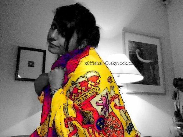 J'ai le sang Chaud ; le Son Latino ; les Couleurs de Drâpeau ; L'Espagne dans la Peau ; le Coeur (lL') quand je Parle de l'Espagne ; J'ai le Coeur qui S'Emballe ; Pcq Loin de mon Pays ; Je vais Mal ! Pcq Où que je Soit ; Quoi que je Fasse ; Je Représente l'Espagne (lL') !